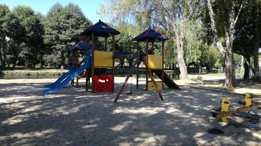 Parque Infantil Praia Fluvial da Devesa