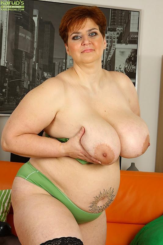 Plump granny naked