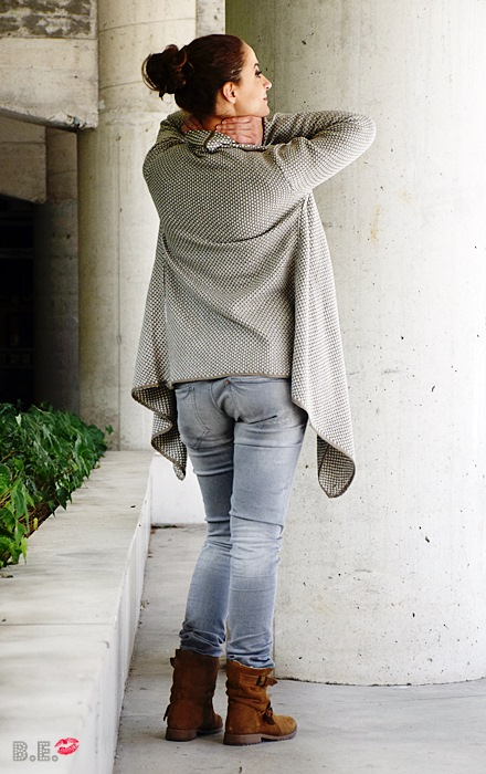 Outfit-cardigan-asimetrico-albaricoque-4