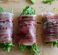 Receta rollitos fáciles de arúgula y prosciutto