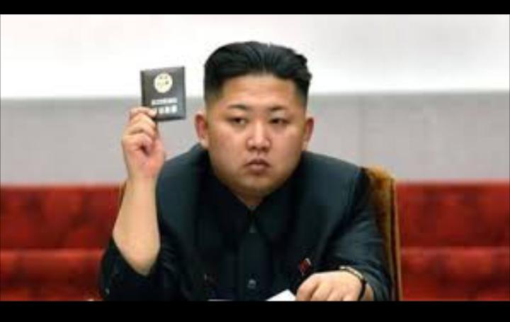اعدام وزير التعليم الكورى رميا بالرصاص لجلوسه فى وضع غير لائق بالبرلمان الكورى