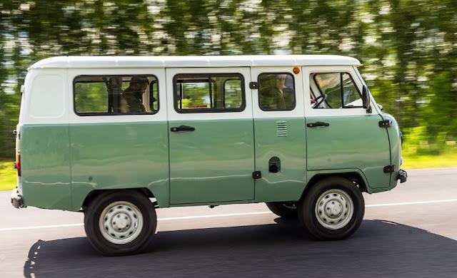 УАЗ выпустил юбилейную «Буханку»