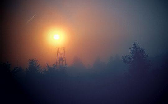 Wraca mgła.