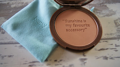 Ray of Sunshine Perfect Glow Bronzing Powder Light/Medium
