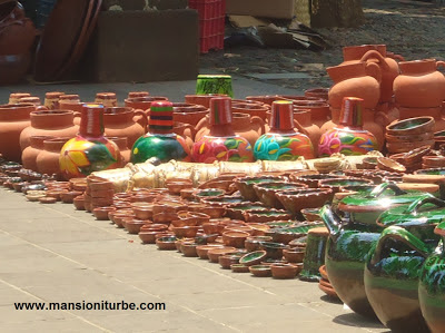 Frinday Pottery Market in Patzcuaro