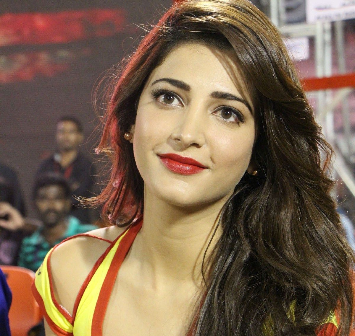 South Indian And Bollywood Actress Shruthi Haasan Photo Gallery