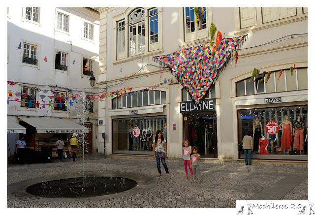 Placeta en la zona comercial de Coimbra