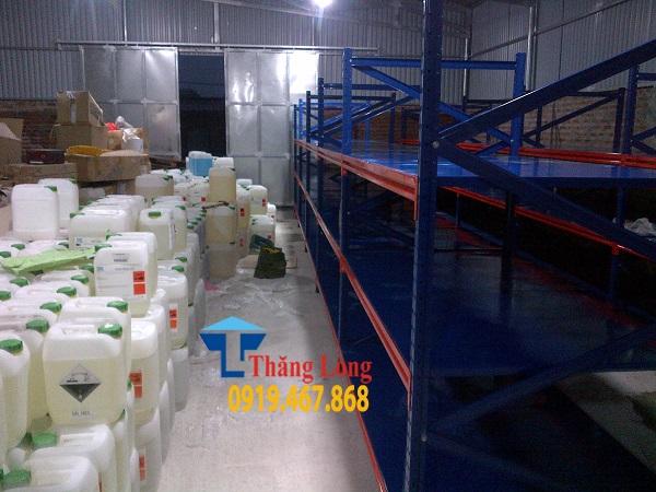 Kệ kho chứa hàng hóa chất công nghiệp