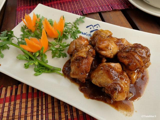 vietnam voyage 15jours mai chau nord montagne riziere, poulet caramelise resto mai chau lodge