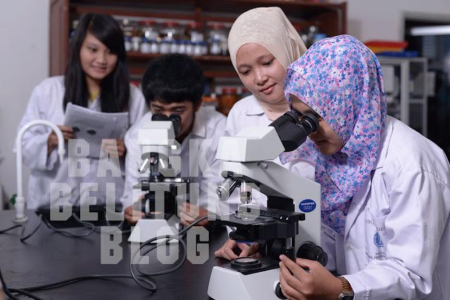 mahasiswa-ubb-praktik-di-lab