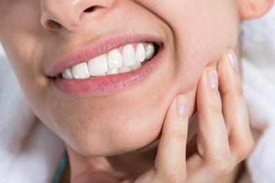 5 Terapi Obat Sakit Gigi Alami