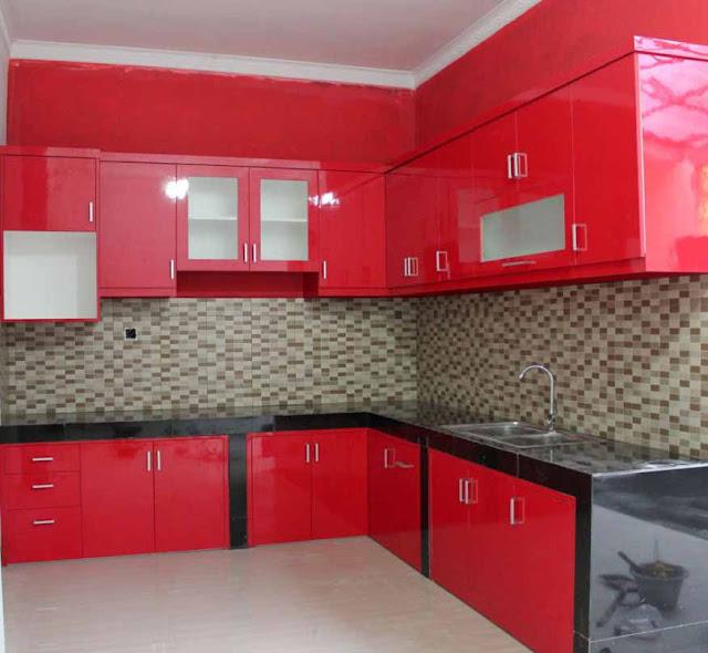 lemari dapur warna merah