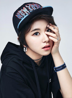 Foto Chaeyoung terbaru style Hip Hop