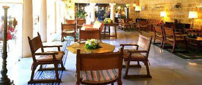 Un café en el Parador de Carmona