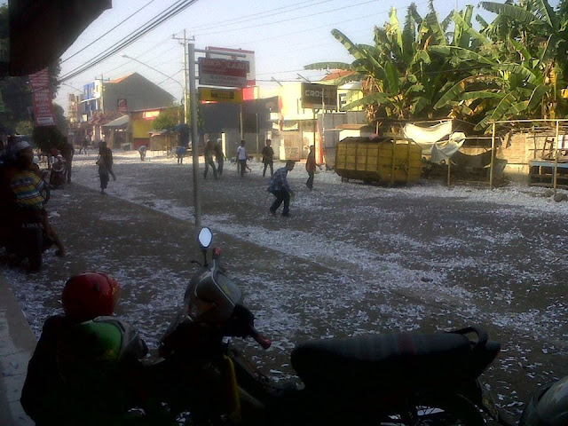 Lebaran Petasan di Jl Yos Sudarso Batang