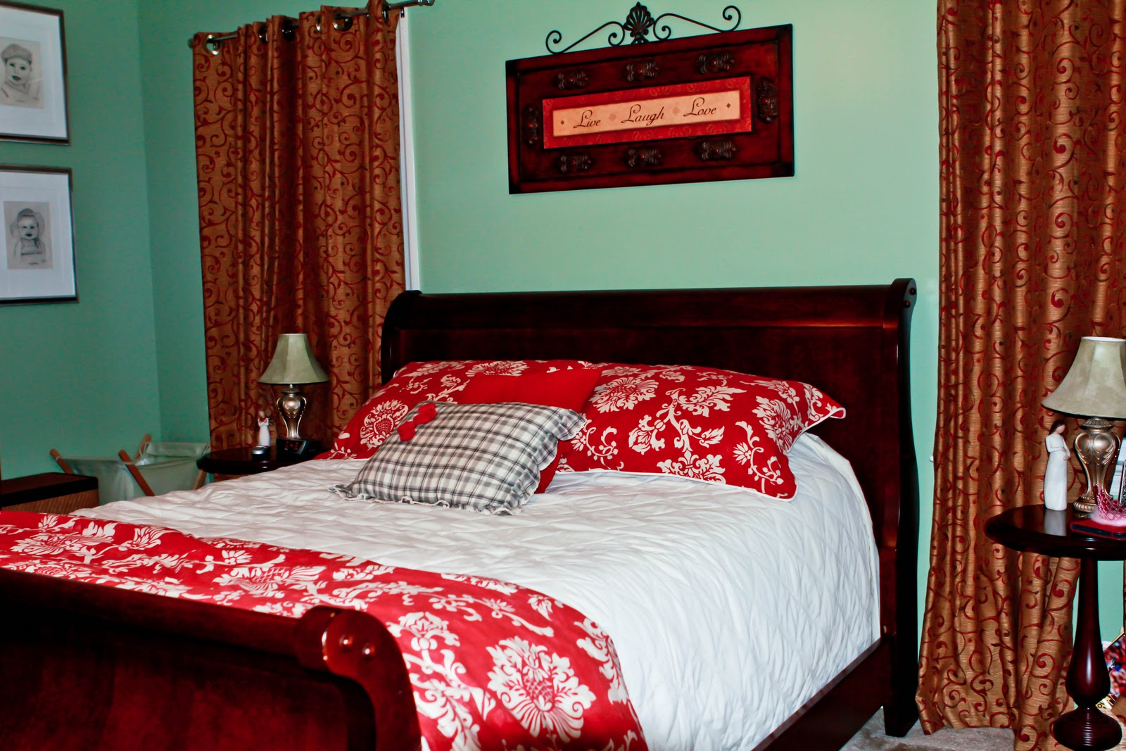 What Color Comforter Goes With Green Walls Home Safe