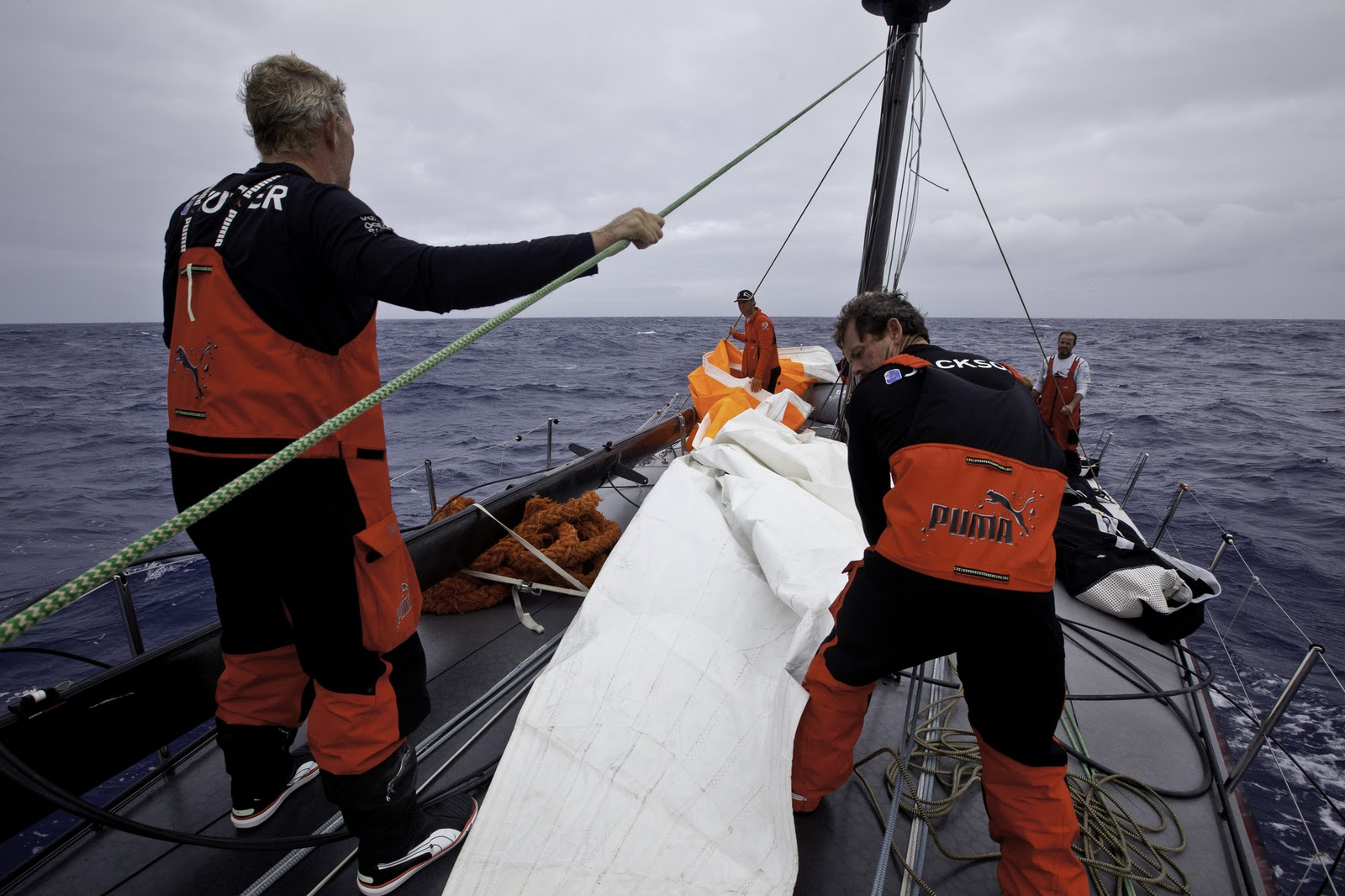a8289e4779f7 ReadyAboutYachting  PUMA Forced To Retire From Leg 1 - Volvo Ocean ...