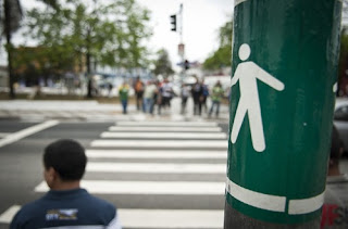 Mais pedestres nas ruas, mais atenção de todos