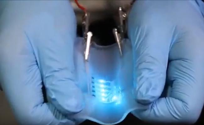 Penelitian Metal-polymer conductor printed for elastic bio-device