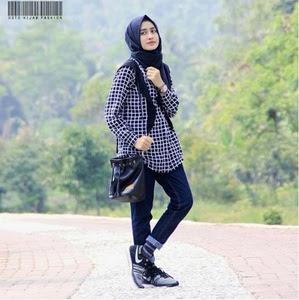 style kemeja flanel wanita hijab terbaru