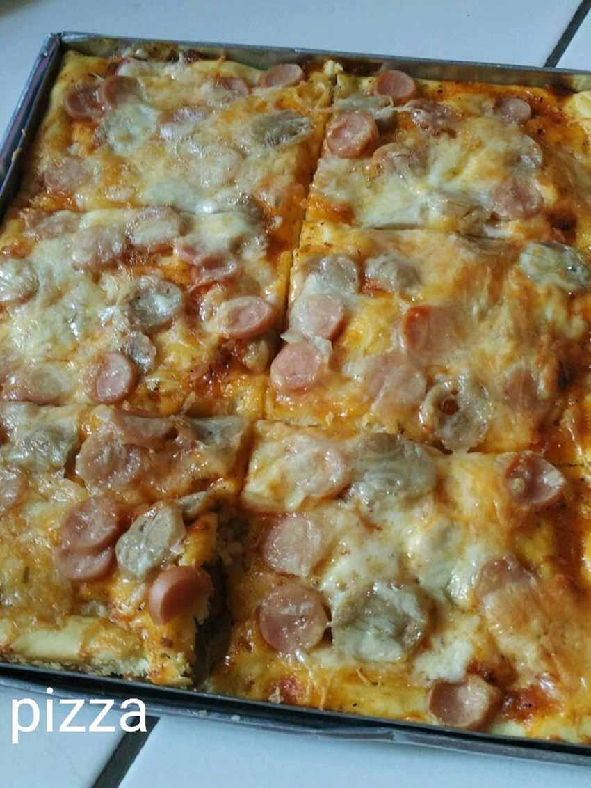 Nyenengin Anak Sekaligus Berhemat Resepnya, Enak dan Gampang Cara Buatnya Roti Pizza Ini