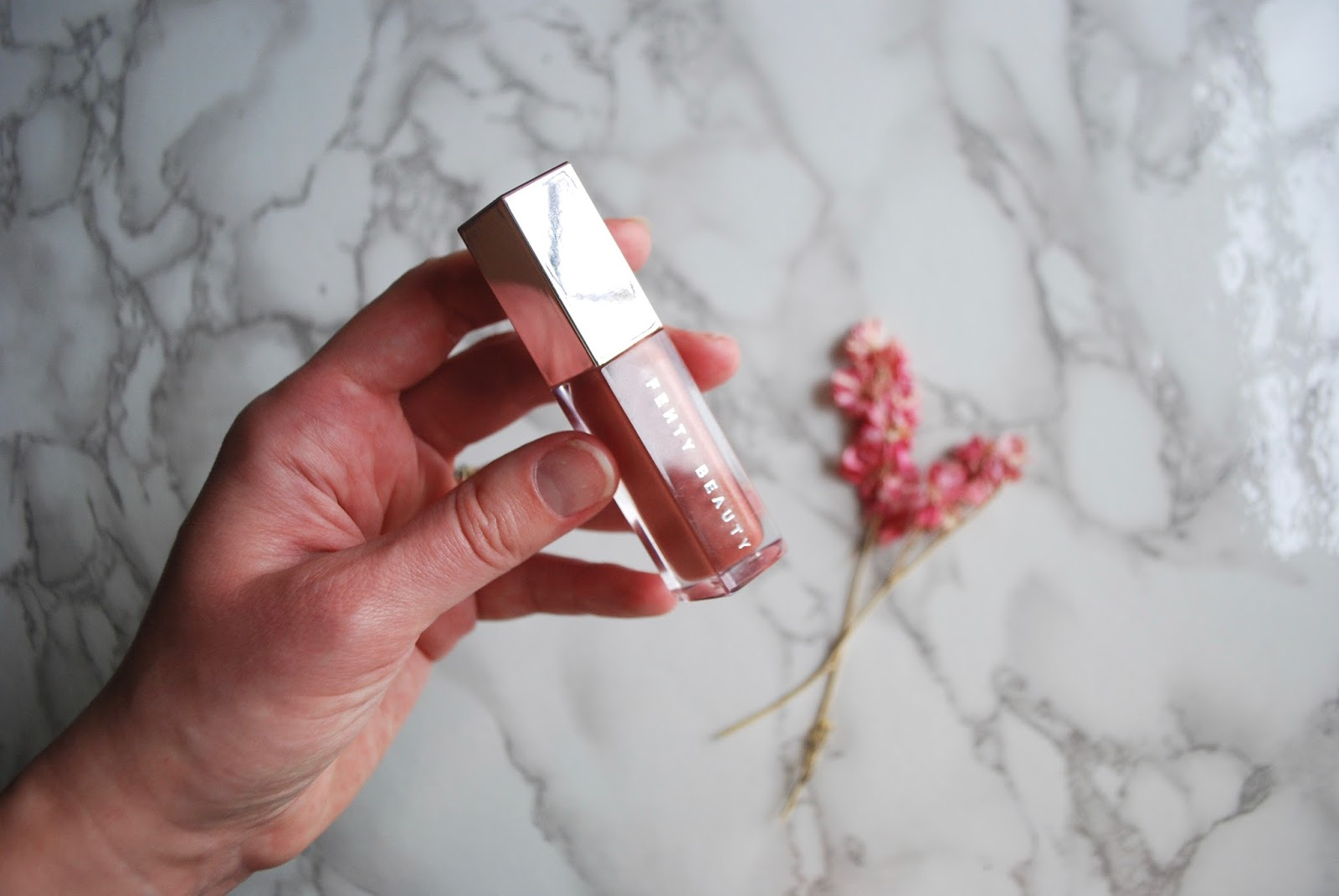 fenty beauty gloss bomb review