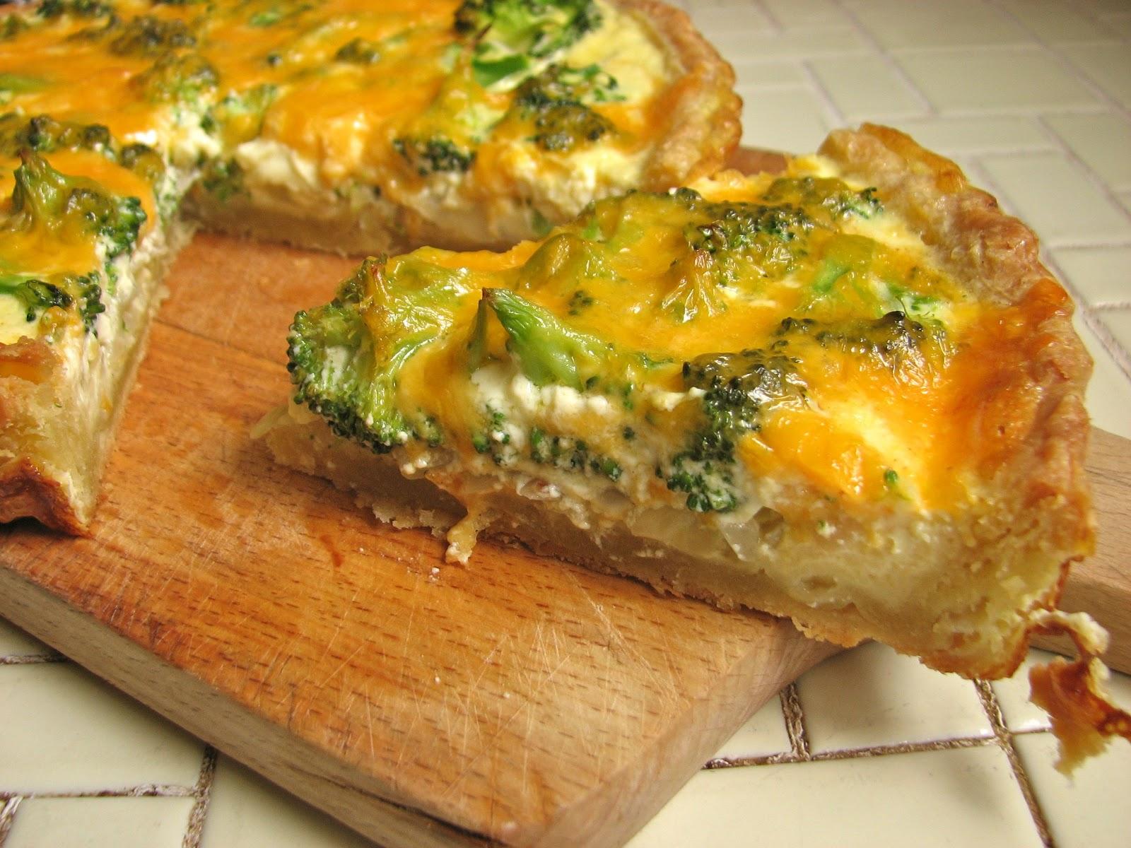 Delectably Mine: Broccoli Cheddar Quiche