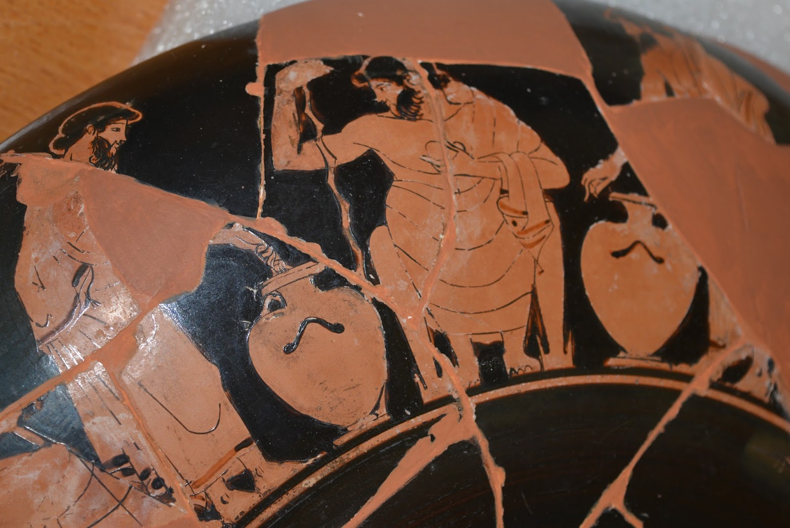 Panoply vase animation project blog above athenians cast their votes on a cup muse des beaux arts dijon ca 1301 reviewsmspy