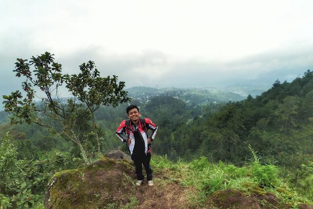 Spot Foto Keren di Gunung Pundak Mojokerto