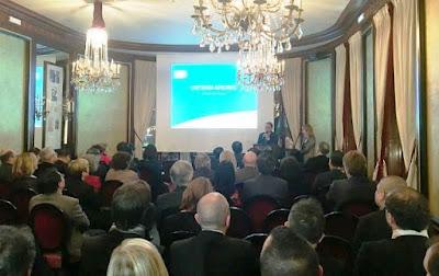 Đại sứ Việt Nam tại Pháp Nguyễn Ngọc Sơn: Vietnam Airlines góp phần thúc đẩy hợp tác giữa hai nước.