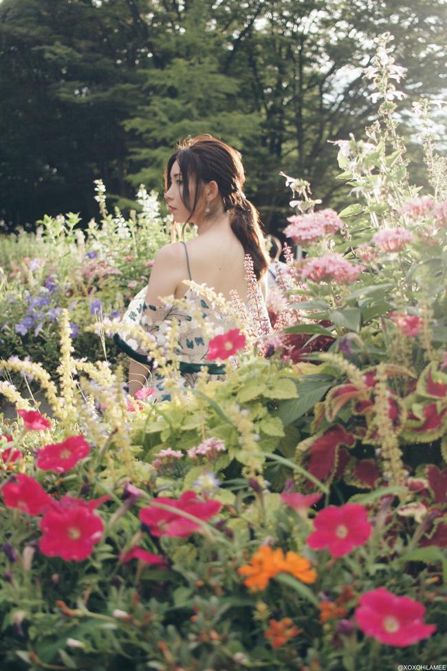 ファッションブロガー日本人、今日のコーデ、SheIn オーガンザ素材の刺繍オフショルダーストラップワンピース、バケツバッグ、エスパドリーユ太ベルトサンダル フェミニンカジュアルスタイル
