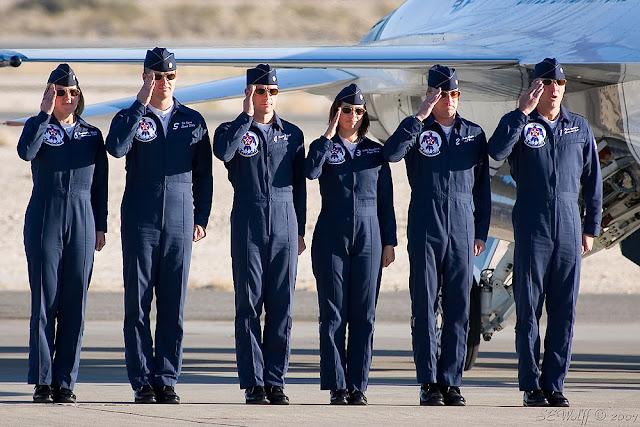 ΗΠΑ: Ξέμειναν από πιλότους! Ανακαλούν 1000 για μαχητικά αεροσκάφη