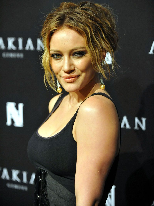 Hilary Duff Hilary Duff bra