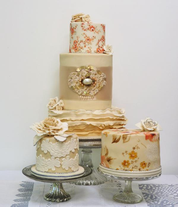 Amelie's House: Vintage Wedding Cake