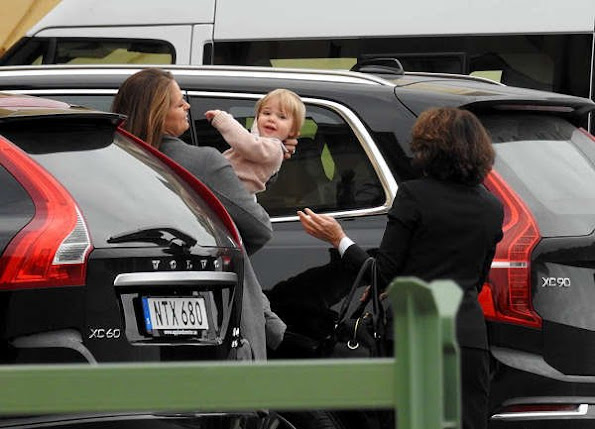 Princess Madeleine, Princess Estelle and Princess Leonore arrived this afternoon at Drottningholm Palace