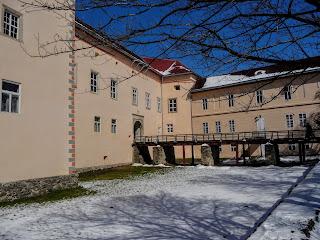 Ужгород. Замок. Закарпатский областной краеведческий музей