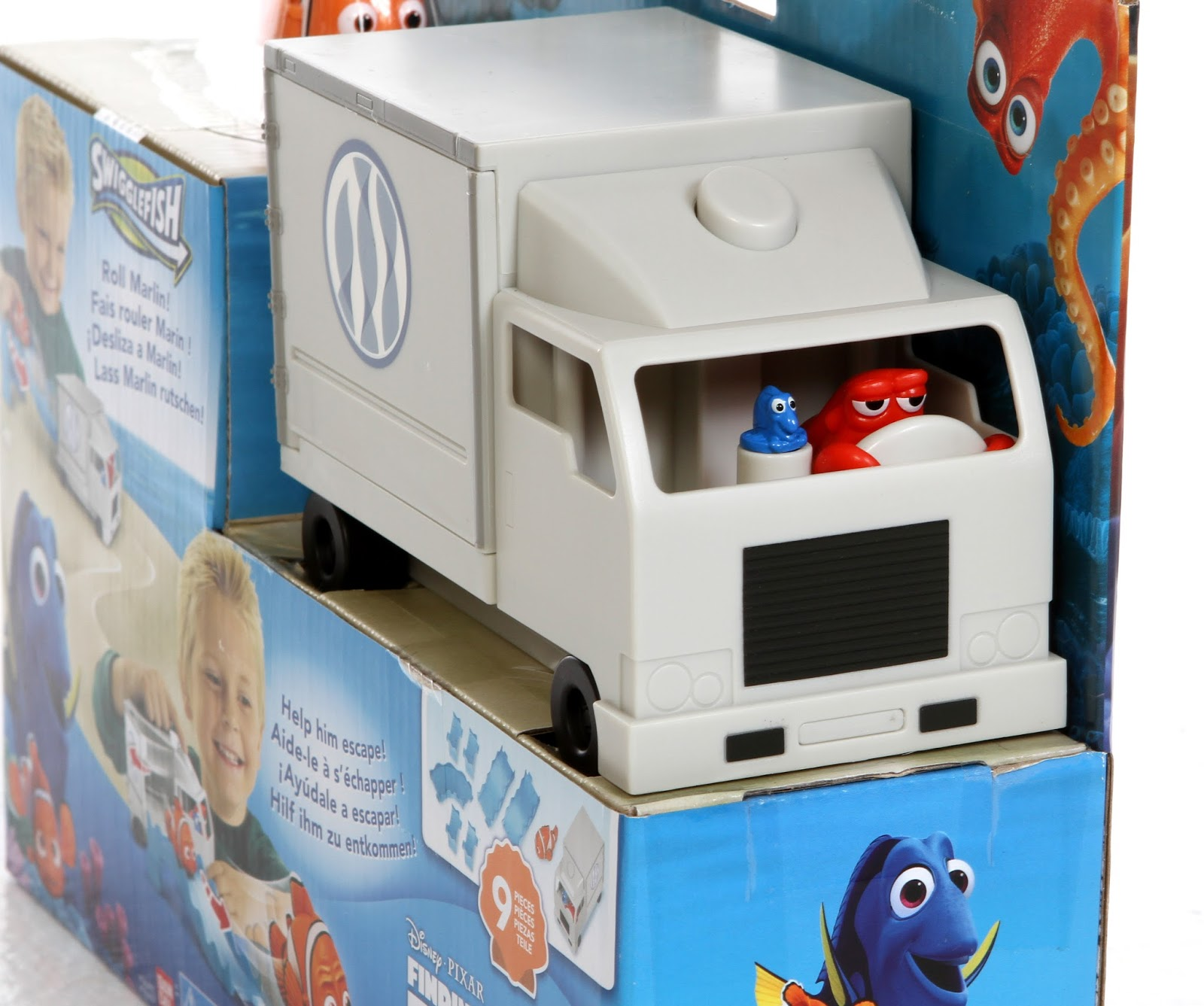 Dan The Pixar Fan: Finding Dory: Hank Truck Playset