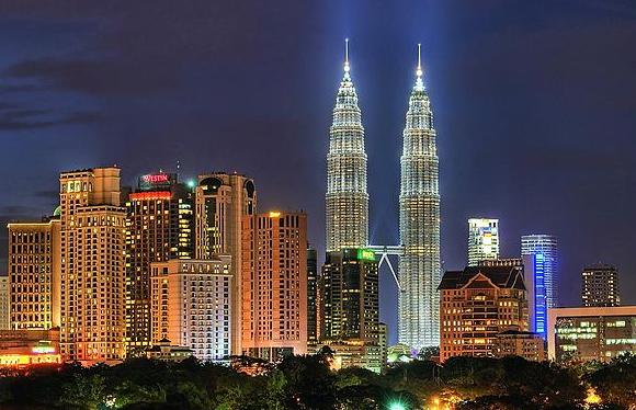5. Petronas Twin Towers