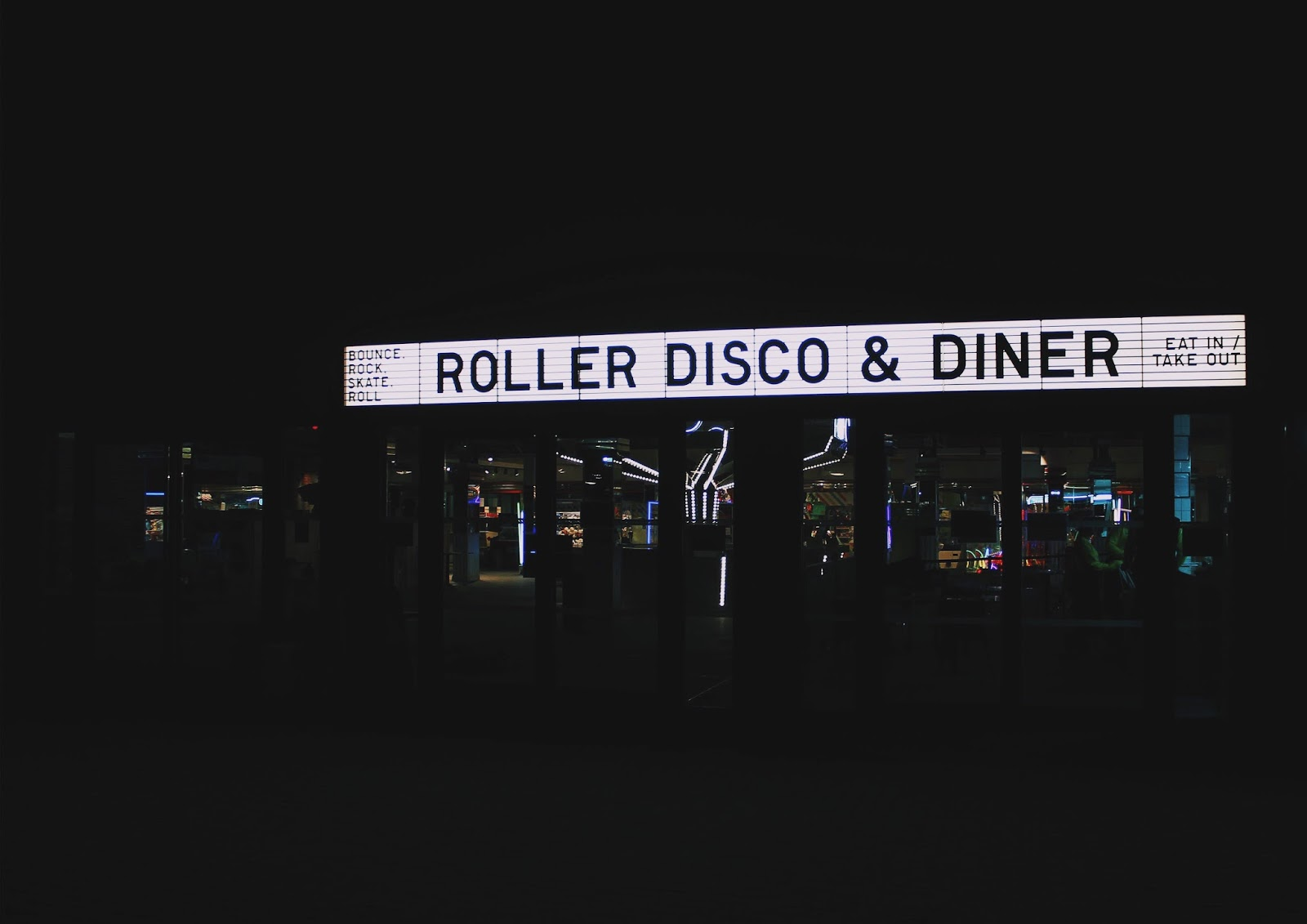 blog post about dreamland margates new roller disco and diner restaurant