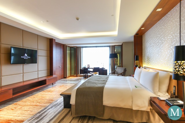 Deluxe Suite at Marco Polo Ortigas Manila