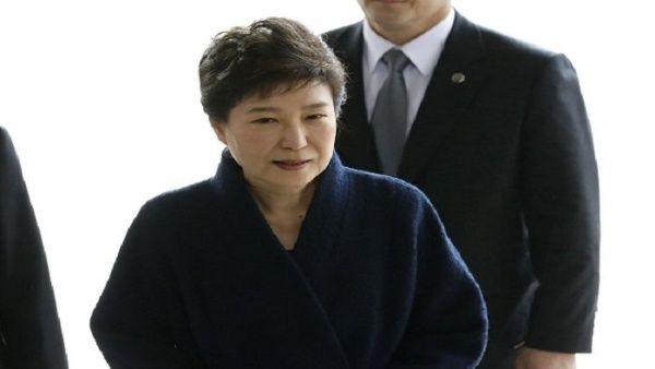 Suman 8 años de condena a expresidenta de Corea del Sur