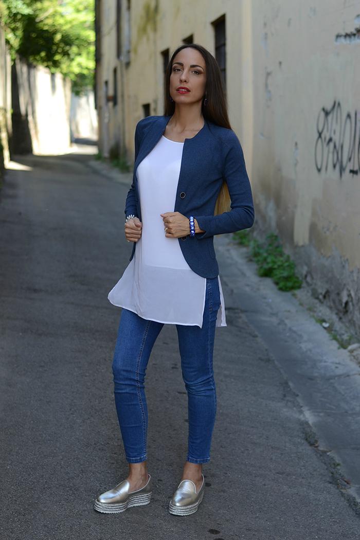 outfit abbinamento blu
