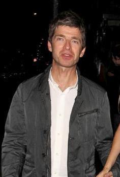 f0b3ba2245e oasisblues  Noel Gallagher is dying