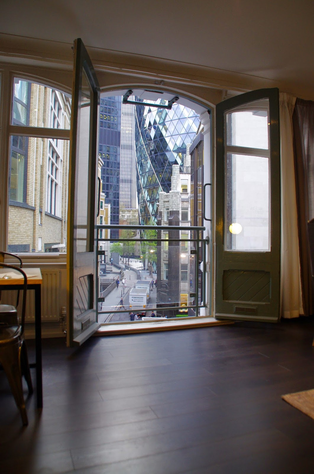 A Luxury Weekend at Go Native City Creechurch Apartments, London