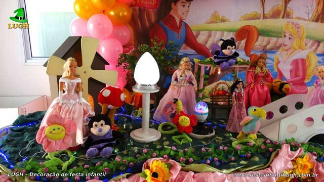 Decoração de aniversário A Bela Adormecida - Mesa decorativa luxo