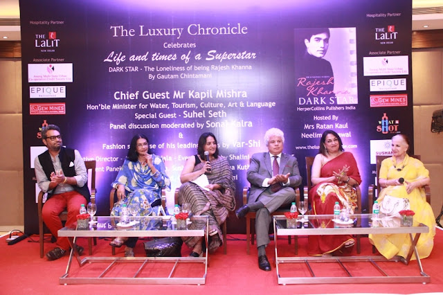 L to R - Author Gautam Chinatamani, Artist Anjanna Kuthiala, Sonal Kalra, Suhel Seth, Naina Balsavar and Sushma Seth