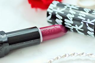 Review: Avon - 4 matte Mark Lippis - Epic Lip Lippenstift - www.annitschkasblog.de