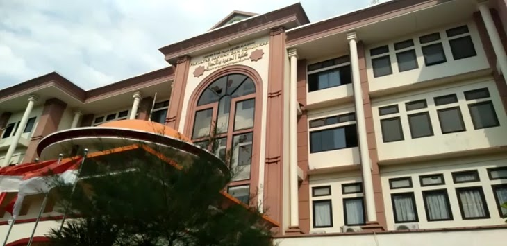 Video Kondisi Gedung FDK Pasca Diserang Mahasiswa Syariah, Kaca Jendela Hancur