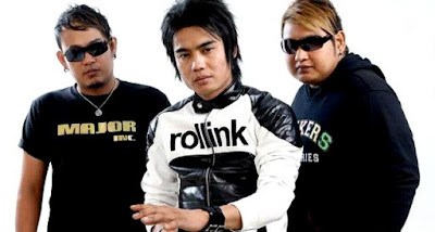 Download Koleksi Lagu ST12 mp3 Full Album Terbaru dan Lengka