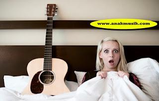 10 Penyanyi Wanita Cantik (Cover Song YouTube) Terbaik Yang Terkenal dan Terpopuler Di Dunia